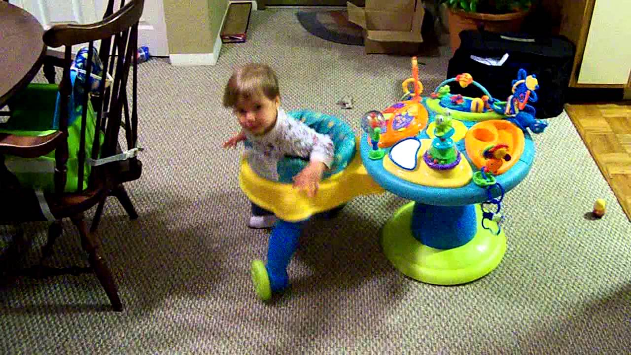 b5ffc745c159 Toddler in Bright Starts Round We Go Walker - YouTube