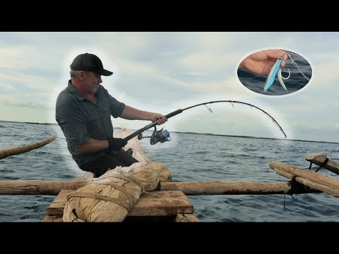 Jigging In A Small Pirogue On The Indian Ocean - Chasing Monsters