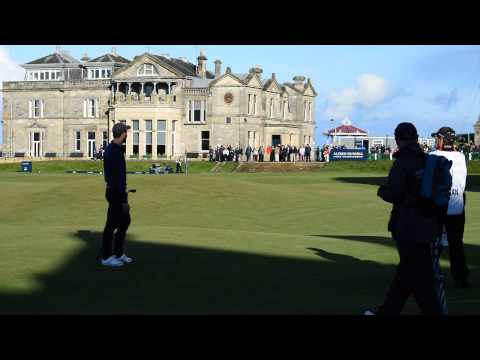 jamie-dornan-golf-blooper