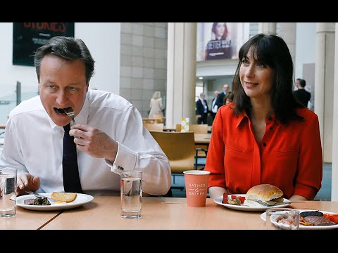 David Cameron avoids bacon butty moment but wife Samantha digs in on visit to Edinburgh