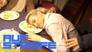 Bewusstlos bei einer Tupperparty: War das Essen vergiftet? | Auf Streife | SAT.1 TV