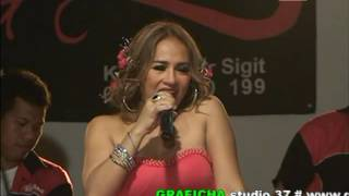 Download Video KRAKATAU ARTIS LILIS KARLINA MANDI MADU MP3 3GP MP4