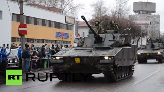 RAW: NATO armor paraded 300m from Russian border