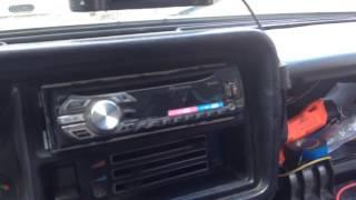 видео Как подключить магнитолу в машине, подключение автомагнитолы