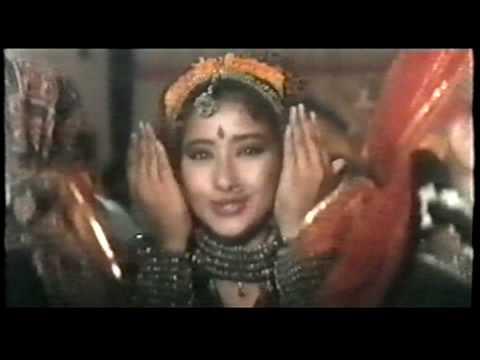 Manisha Koirala dance - Dhak Dhak - film