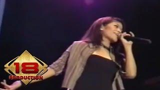 Cokelat - Ku Pilih Dia (Live Konser Tenggarong Kalimantan Timur 16 Juli 2006)