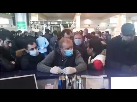 Ситуация в Домодедово сейчас. Помогаем нуждающимся. Билетов на всех не хватает