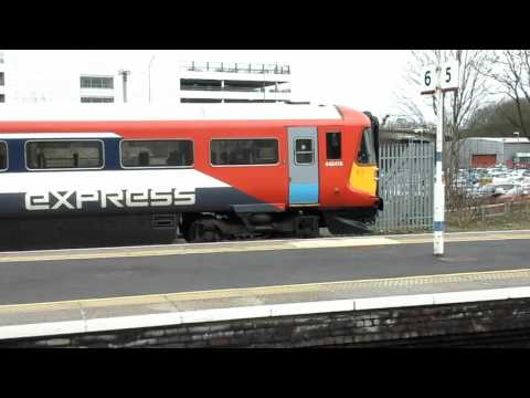 Trains at: Gatwick Airport, BML, 22/02/16 Part 1