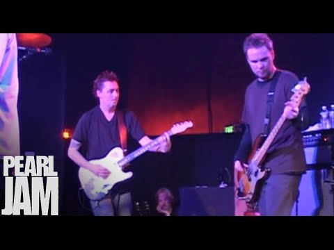Love Boat Captain - Live at the Showbox - Pearl Jam