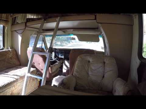 A inside look at the 1983 Ford Jamboree Motor Home - YouTube