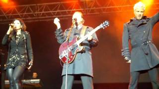 Ace of Base performing Living in Danger @ Gatufest 09