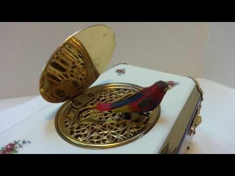 Vintage Eschle (Reuge) singing bird box