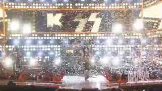 "KISS - ""Rock And Roll All Nite"" Live At Fashion Rocks 2014"