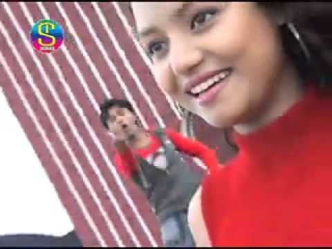 HD 2014 New Adhunik Nagpuri Hot Song    Ravina Madhuri Lakha Roop    Rajeev 4