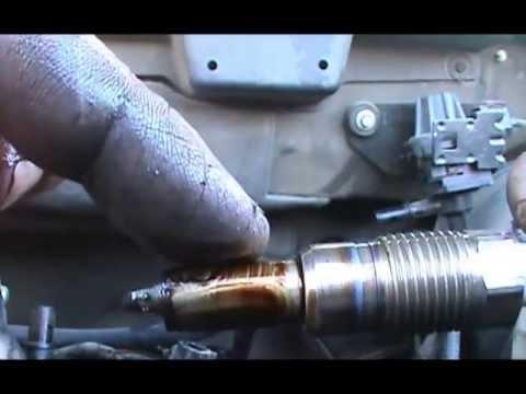 Motor Triton 5.4 >> Como cambiar las bujias en un 2004 Ford F150,5.4 sin usar herramienta especial - YouTube