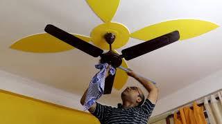 How to clean ceiling fans without making a mess || 4 Easy Steps to Clean ceiling Fan ||