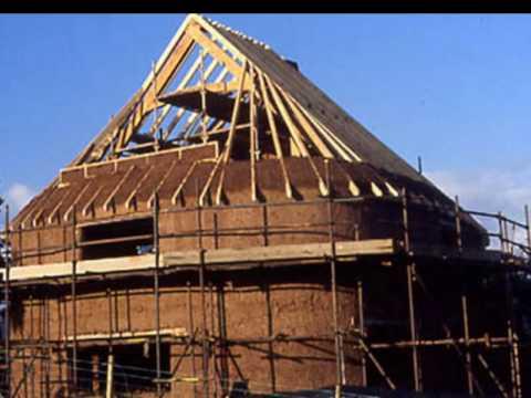 видео: Дом из глины и соломы