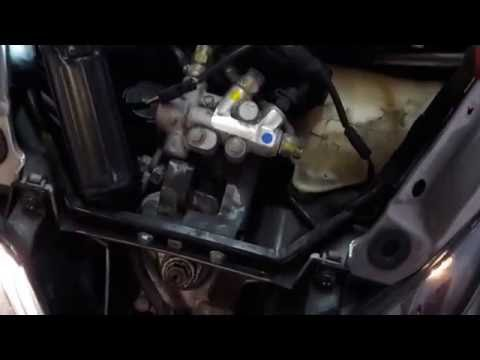 Piaggio MP3 400cc (2009) steering caliper lock issue