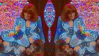Video ABBA - Dancing Queen (Vaporwave Remix) download MP3, 3GP, MP4, WEBM, AVI, FLV Januari 2018