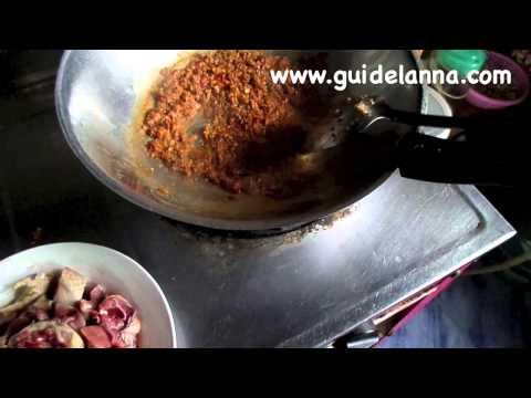วิธีทำ แกงหน่อเผ่าใส่ไก่ อาหารเหนือ Spicy Soup bamboo shoot roasted and chicken