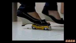 J - SlowMotion 300fps - Toy Car 01