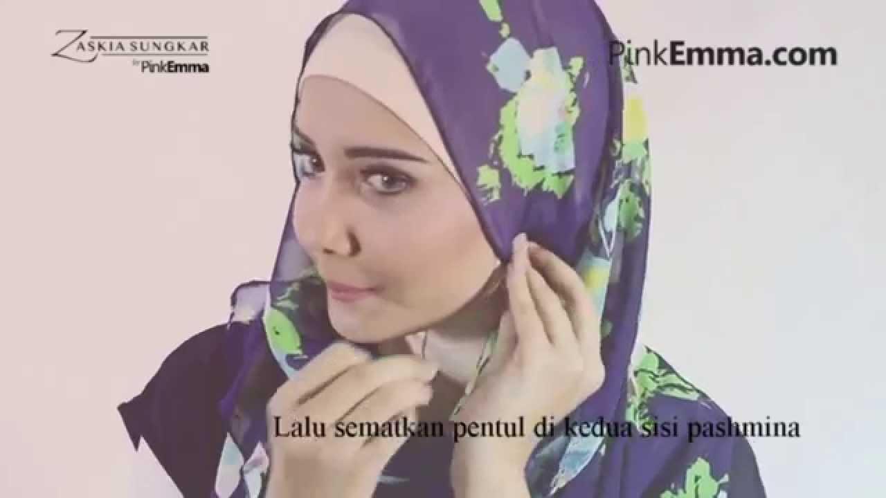 Tutorial Hijab Pashmina Zaskia Sungkar Tampil Chic Dengan Hijab
