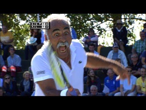 Baixar Exclusive tennis match: Noah & Bahrami vs McEnroe & Leconte @ Optima Open