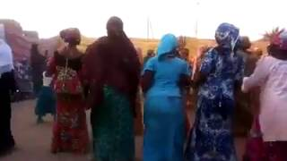Download Video Danses femmes nigériennes - Music Hausa MP3 3GP MP4