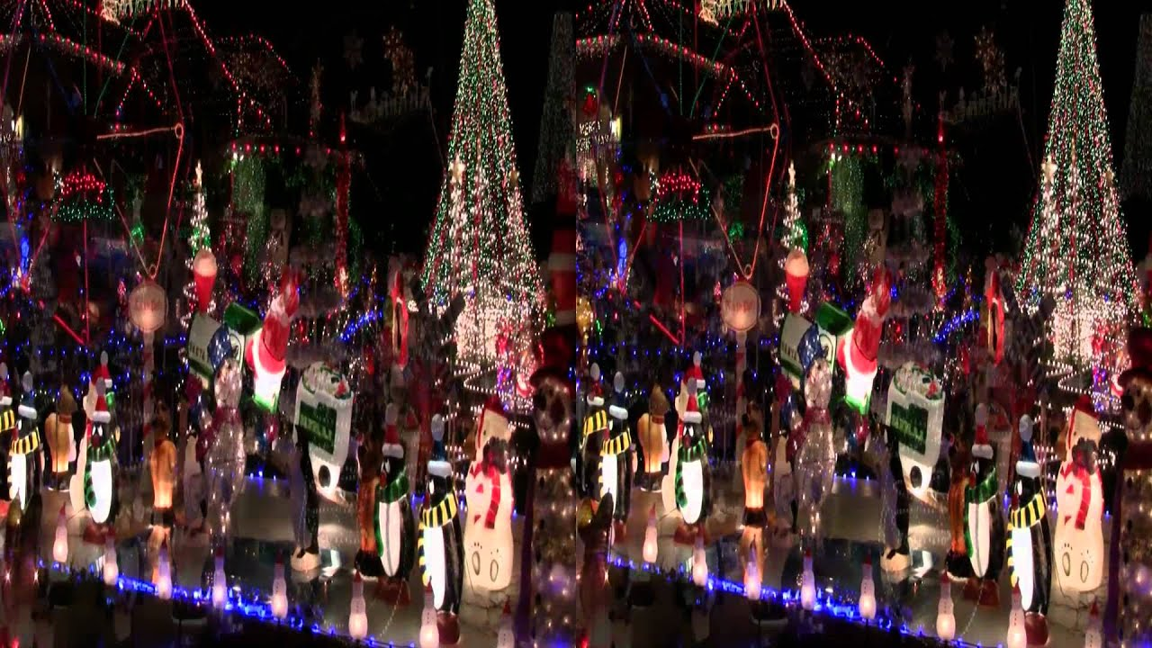 Hyatt Family Extreme Christmas (Stereo/3D) - YouTube