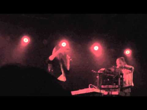 Peaking Lights: Telephone Call (live)