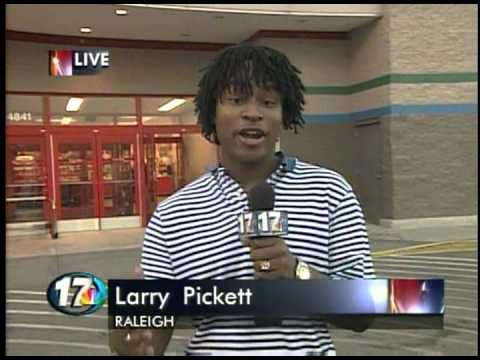 Larry Pickett reports on the release of Sony's PlayStation 2 - October 25, 2000 - Raleigh, NC