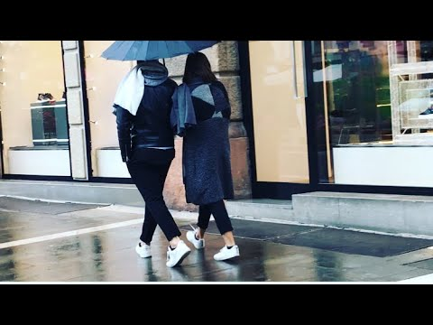 как одеваются в дождь ...и холод? обувь, обзор витрин итальянских магазинов