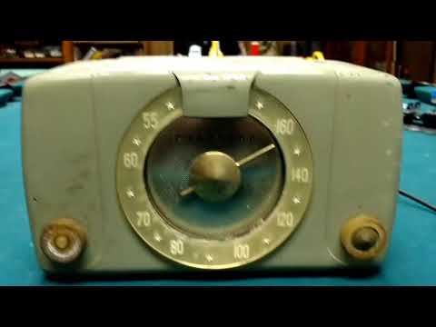 Junk Find Friday -Old Radios-