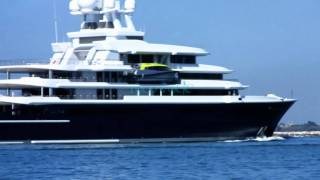 Luxry YACHT  LUNA (Roman Abramovich) moon enters the Lagoon of Venice  26/06/2011