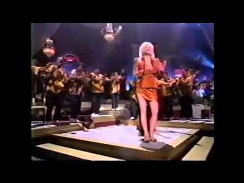 Dolly Parton – Peace train/isitimela sokuthula Lyrics ...