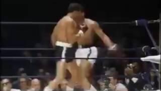 拳王阿里拳擊比賽中前手拳的厲害之處