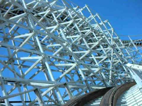 The Twister Ii Wooden Roller Coaster At Elitch Gardens In