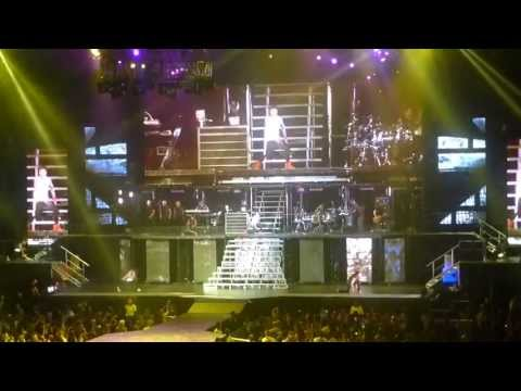 "Justin Bieber ""Never Say Never"" - Air Canada Centre (July 26, 2013) Toronto *Believe Tour*"