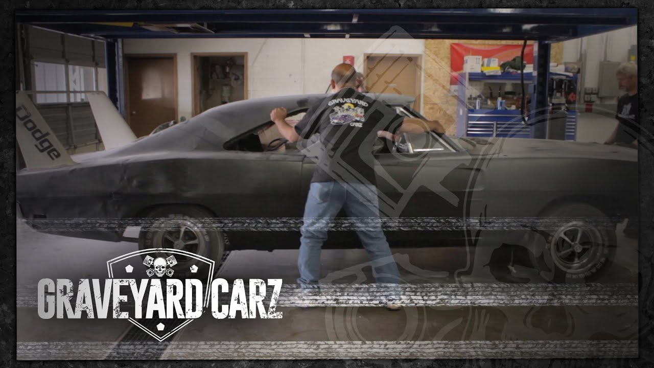 Disassembling the Daytona | Graveyard Carz: Season 2