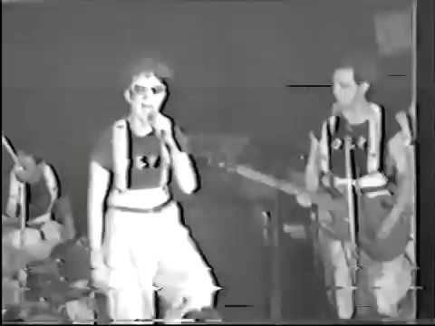 "Devo "" Gut Feeling "" 1977 maybe first time in live"