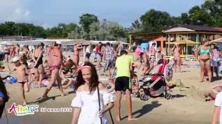 Анапа, центральный пляж 30 июня 2016 года(Фотографии центрального пляжа в Анапе за 30 июня 2016 года: http://www.anapakurort.info/forum/viewtopic.php?p=847282#847282., 2016-06-30T19:29:16.000Z)