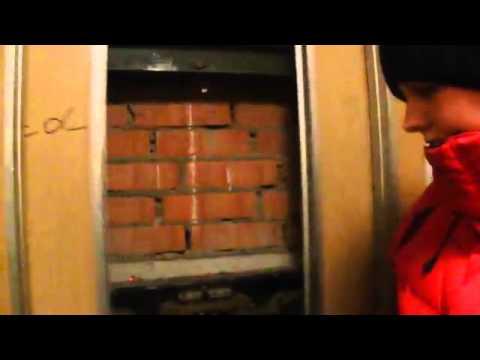 Чулках-студия приват смотреть девушка застряла в лифте член ногами