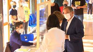 El 'delfín' de Merkel dobla la papeleta al revés y su voto podría ser anulado
