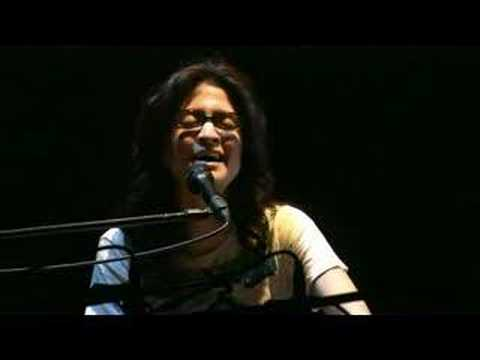 Angela Aki - Kiss Me Goodbye (live)