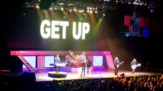 Styx - Fooling Yourself (The Angry Young Man) - Mohegan Sun Arena 8-24-2013