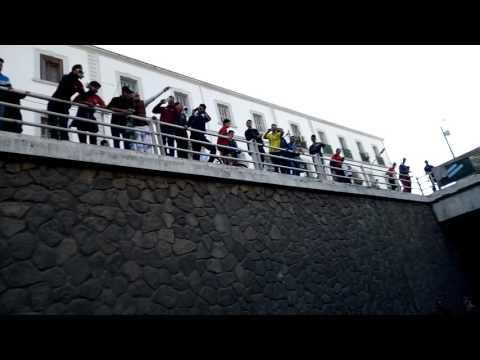 Supporteurs de l'USMB dans le tunelle de 13mai après le match  contre asmo