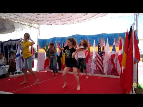 Noa's dance on Stonehill International Day