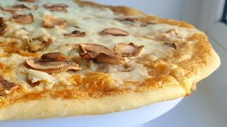 самая вкусная грибная пиццабелый грибной соус mushroom pizza