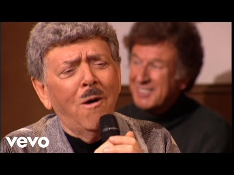 Bill & Gloria Gaither - How Long Has It Been [Live] ft. Old Friends Quartet