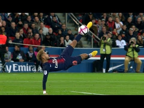 10 Times Neymar Jr Impressed The World